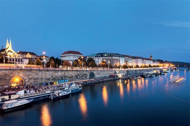 Pražské náplavky oživí nové kavárny a galerie