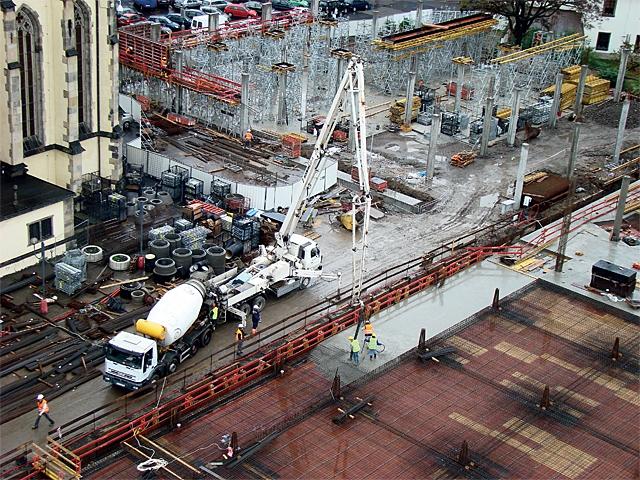 TEMONT CZ s. r. o. se specializuje na kompletní  dodávky monolitických konstrukcí
